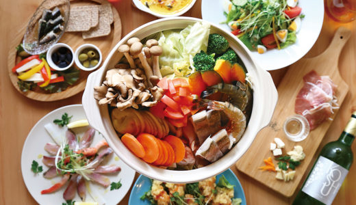 〆はカッペリーニで! 14品目の野菜と自慢 の海鮮たっぷりな贅沢トマト鍋は激ウマ◎